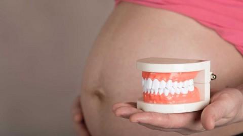 تاثیر بارداری بر سلامت دهان و دندان